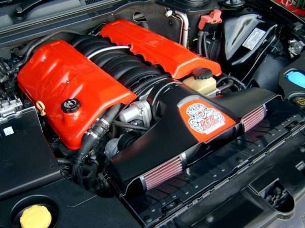 Holden VE V8 OTR Growler Cold Air Induction (BLACK)